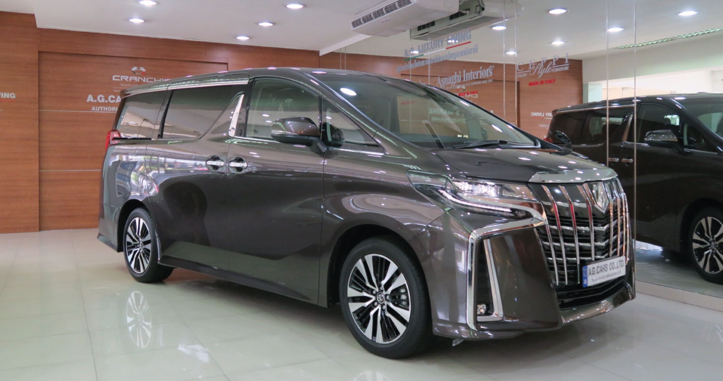 Toyota Alphard SC Package 2.5 Graphite Metallic