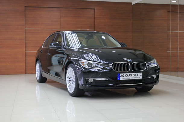BMW 320d Luxury Saloon